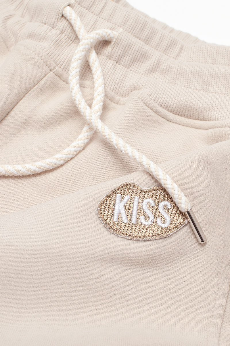 KISS Travel Caramel Pants