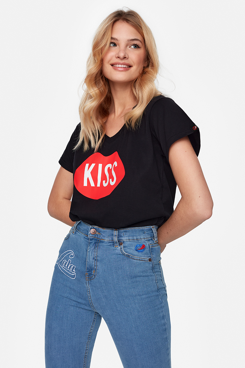 KISS V-neck Black Tee